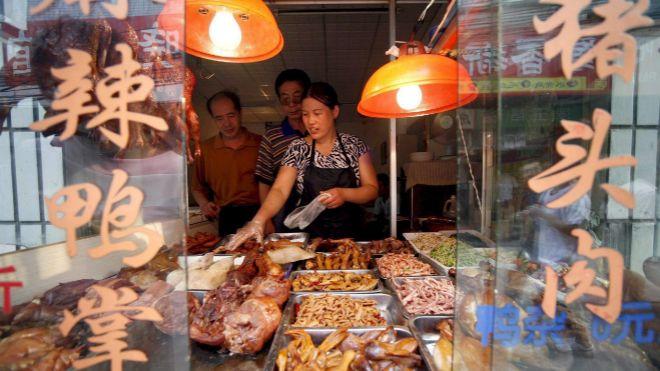 El mercado de Wuhan de animales exóticos, señalado como cuna del COVID19